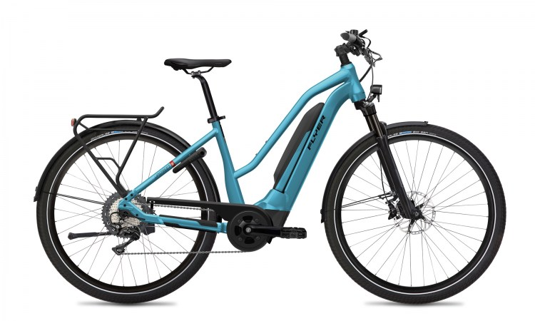 Online-FLYER_E-Bikes_Upstreet5_710_Mixed_GlacierBlueGloss